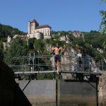 Bootsangeln auf den höheren Staudämmen. Sie treffen auf viele Sperren. Sperrt mit manueller Bedienung